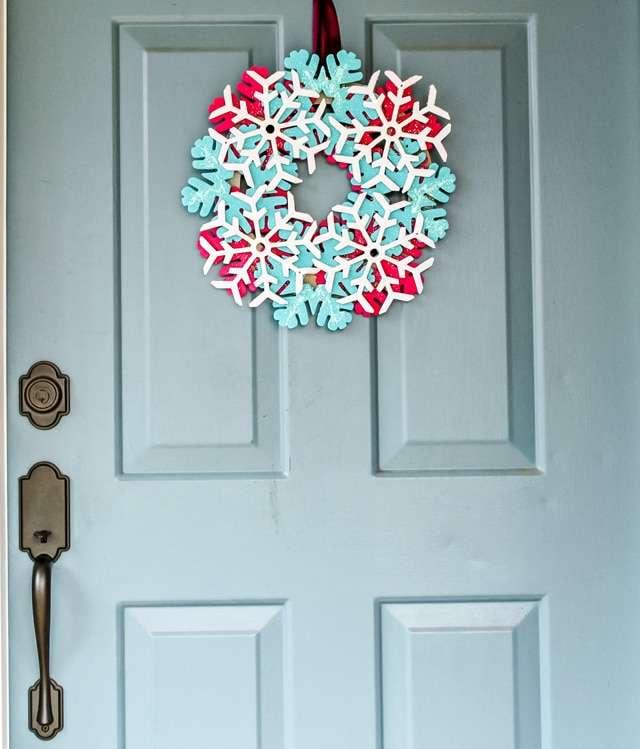 glitter snowflake wreath