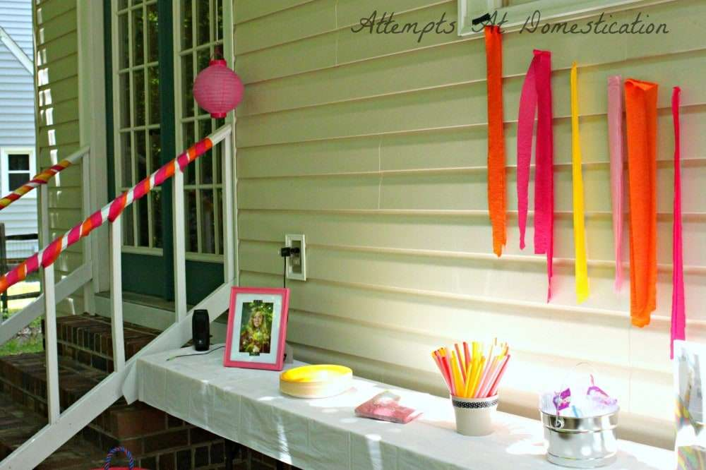backyard graduation party