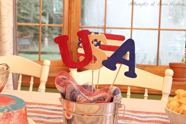 Patriotic July 4th centerpiece