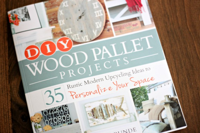 DIY Wood Pallet Projects book review